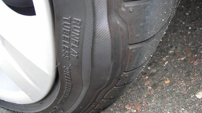 Lốp ô tô bị phồng gây nguy hiểm