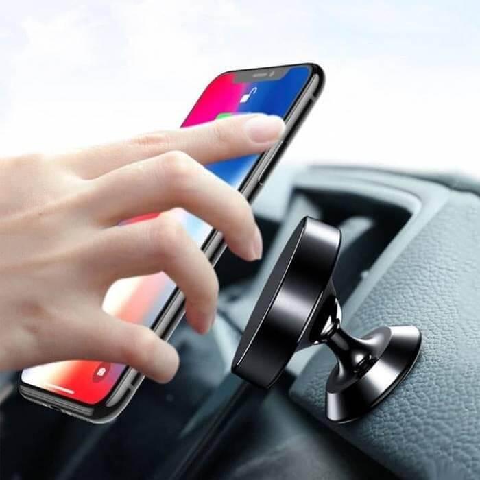 Giá đỡ điện thoại trên ô tô mẫu mã phong phú và đa dạng