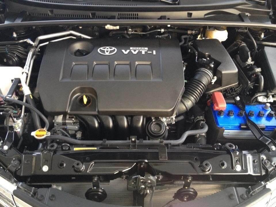 Động cơ nhiệt trên ô tô có rất nhiều bộ phận phức tạp